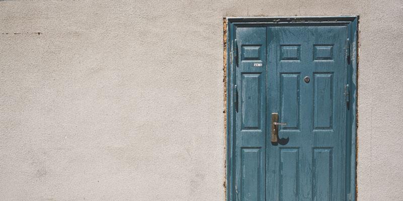 Major Factors Affecting Your Home's Exterior Paint