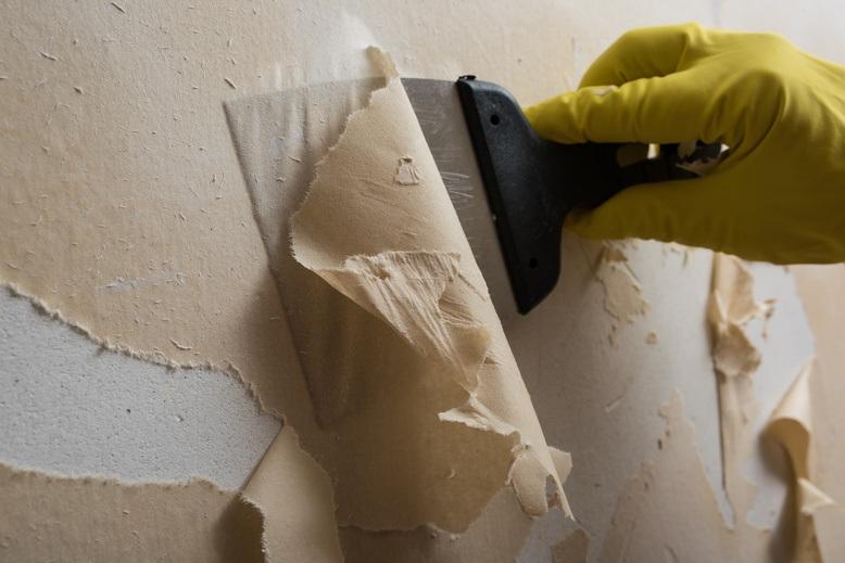 4 Benefits of Professional Wallpaper Removal